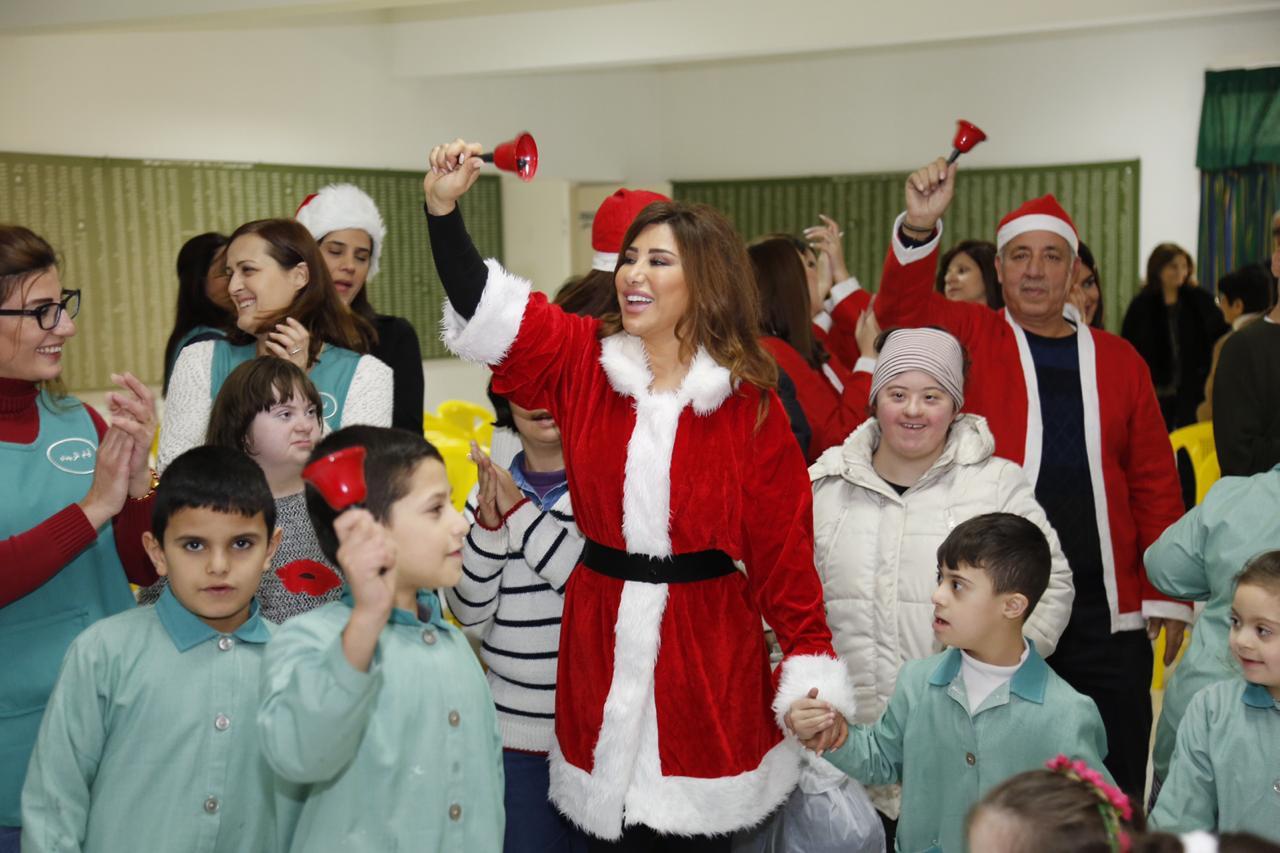 صورة بنت الكرم في مبادرة انسانية بمناسبة الميلاد