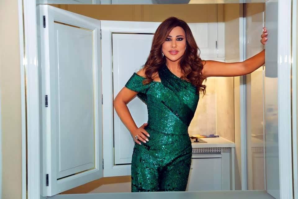 صورة نجوى كرم تترقب عرض حلقات The voice senior بعد نجاح حفلها في ألمانيا
